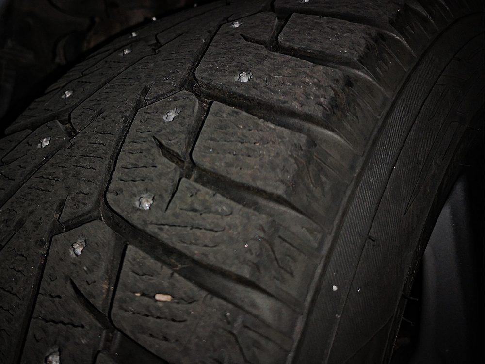 lappeteppet-bil-billist-vinterklar-bil-vinterdekk-nissan-leaf