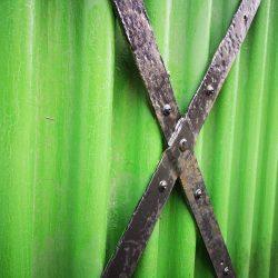lappeteppet-grønt-vegg-dær